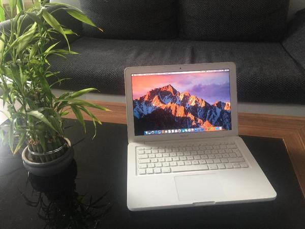 macbook pro 13 kaufen gebraucht und g nstig. Black Bedroom Furniture Sets. Home Design Ideas
