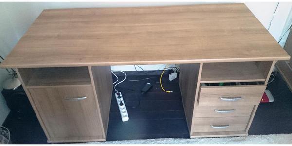 schreibtisch nussbaum neu und gebraucht kaufen bei. Black Bedroom Furniture Sets. Home Design Ideas