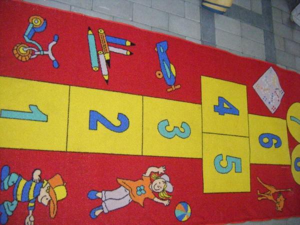 2 verschiedene Kinderteppiche, Kinderteppich, Teppich für