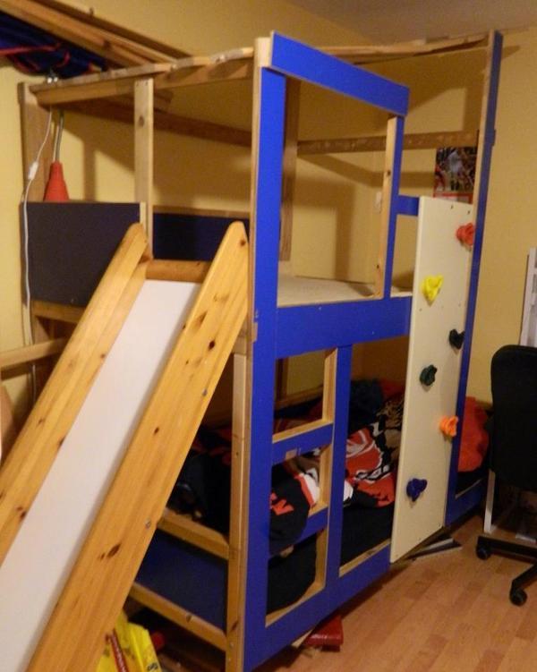 Abenteuerbett zwei ebenen mit rutsche und for Jugendzimmer zu verschenken