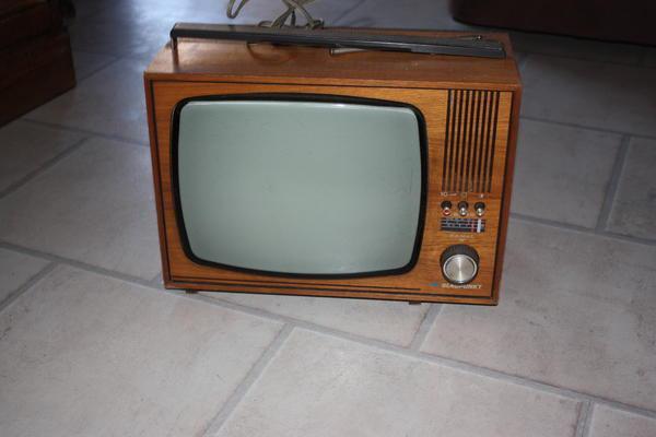 3d fernseher kaufen 3d fernseher eine aussterbende. Black Bedroom Furniture Sets. Home Design Ideas