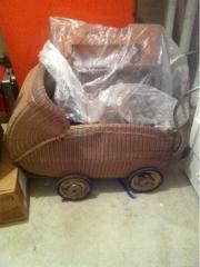 alter Kinderwagen 50er