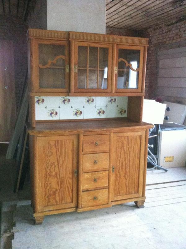 altes vollholz k chen buffet in gutem zustand in. Black Bedroom Furniture Sets. Home Design Ideas