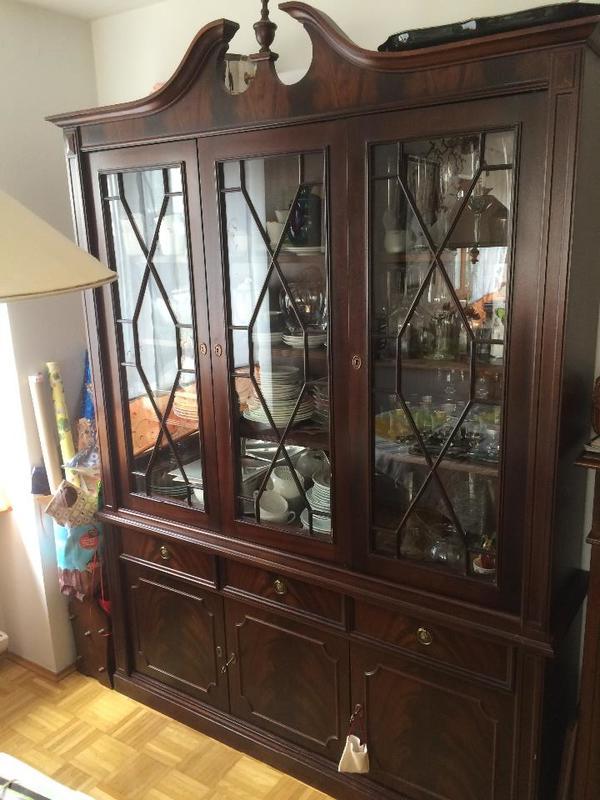 antik speise wohnzimmer buffet schrank kirschbaum in. Black Bedroom Furniture Sets. Home Design Ideas