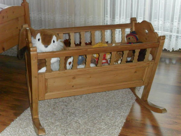 antike babywiege in n rnberg dekoartikel kaufen und verkaufen ber private kleinanzeigen. Black Bedroom Furniture Sets. Home Design Ideas