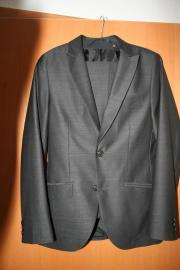 Anzug für Konfirmation