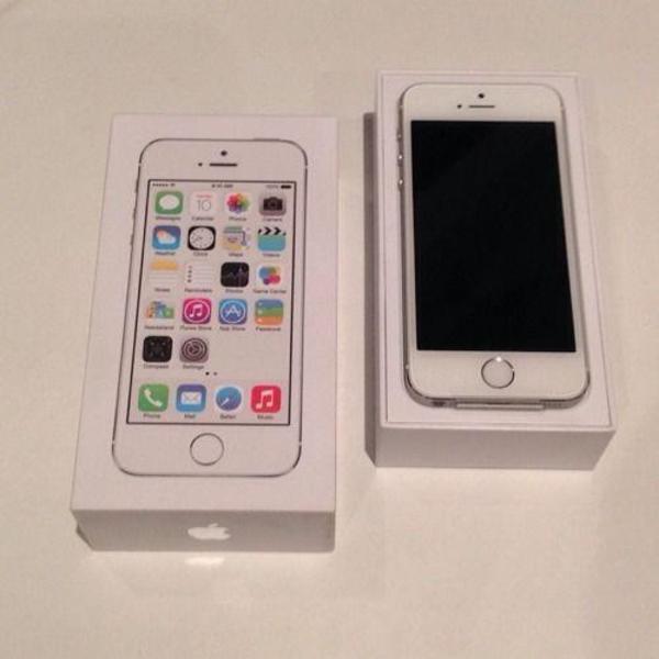 apple iphone 5s 16 gb silber ohne simlock in. Black Bedroom Furniture Sets. Home Design Ideas