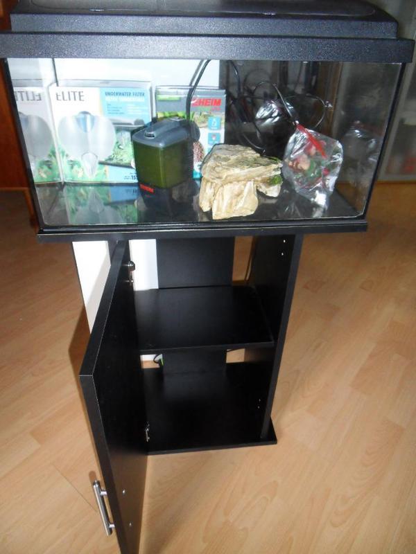 aquarium 60x30x30 neu und gebraucht kaufen bei. Black Bedroom Furniture Sets. Home Design Ideas