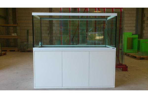 aquarium nach ma beim vivarienhaus landau in karlsruhe fische aquaristik kaufen und. Black Bedroom Furniture Sets. Home Design Ideas