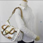 AUTHENTIC LOUIS VUITTON WHITE MONOGRAMMED MULTICOLOR RITA HANDBAG Authentic Louis Vuitton white monogrammed Multicolor Rita Handbag in used condition. Authenticated by Caroldiva serial number inside, see pictures ... 250,- D-09627Hilbersdorf Heute, 23:13  - AUTHENTIC LOUIS VUITTON WHITE MONOGRAMMED MULTICOLOR RITA HANDBAG Authentic Louis Vuitton white monogrammed Multicolor Rita Handbag in used condition. Authenticated by Caroldiva serial number inside, see pictures