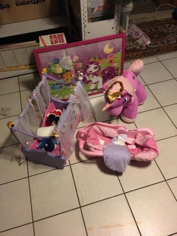 baby born bett kaufen gebraucht und g nstig. Black Bedroom Furniture Sets. Home Design Ideas