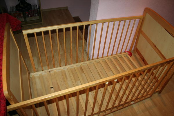 babybett aus holz in bruchsal wiegen babybetten reisebetten kaufen und verkaufen ber. Black Bedroom Furniture Sets. Home Design Ideas