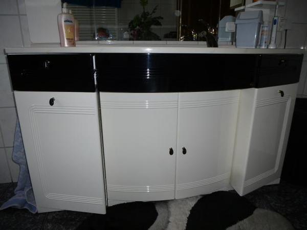 badm bel. Black Bedroom Furniture Sets. Home Design Ideas