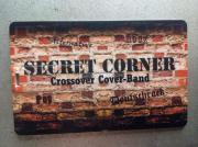Band Secret Corner