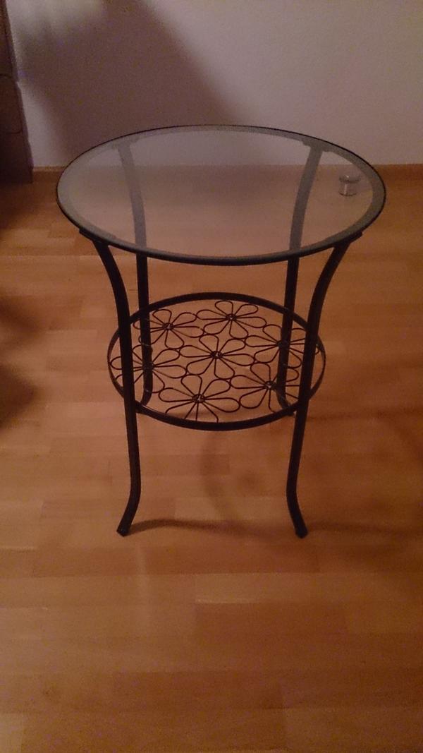 ikea beistelltisch kaufen gebraucht und g nstig. Black Bedroom Furniture Sets. Home Design Ideas