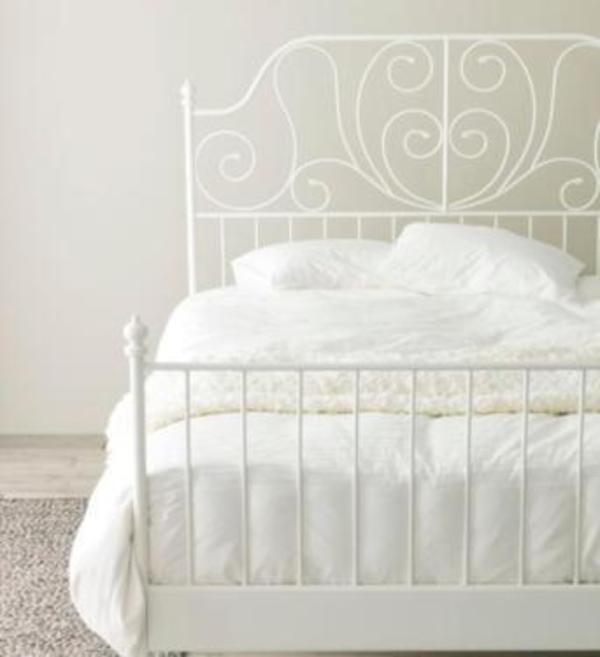 bettgestell 39 leirvik 39 aus metall inkl lattenrost und matratze in leuterod betten kaufen und. Black Bedroom Furniture Sets. Home Design Ideas