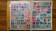 Briefmarkenalbum mit Ersttagsbriefen