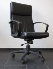 Bürostuhl - Drehstuhl - Rollstuhl