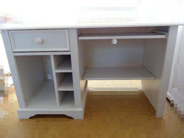 cinderella schreibtisch kiefer weiss in rosenfeld kinder jugendzimmer kaufen und verkaufen. Black Bedroom Furniture Sets. Home Design Ideas