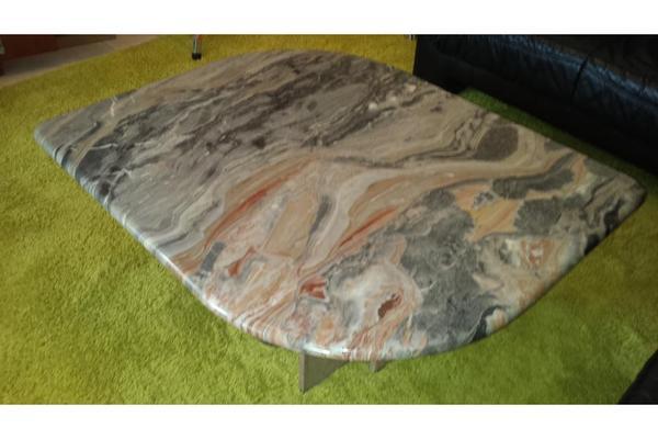 Couchtisch wohnzimmertisch marmor in messel couchtische for Wohnzimmertisch quoka