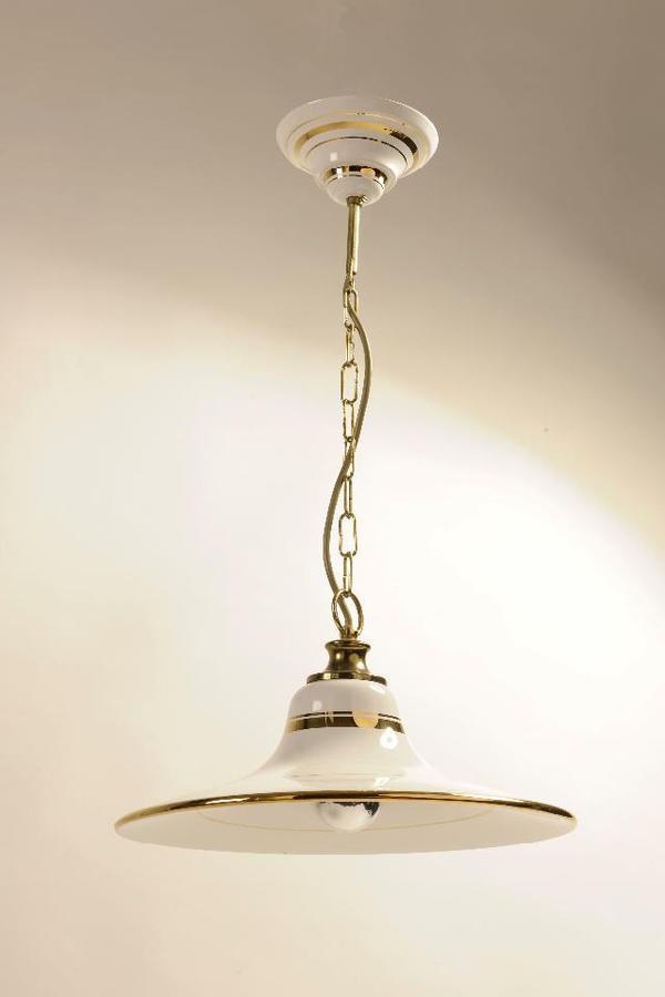 decken lampe porzelan neuwertig sehr edel in m nchen lampen kaufen und verkaufen ber private. Black Bedroom Furniture Sets. Home Design Ideas
