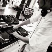 DJ BEATBREAKERS Hochzeits-DJ Event-DJ für 2017 Ich bin DJ Beatbreakers. Als erfahrener Event DJ sorge ich schon seit vielen Jahren für die passende Musik auf Feiern wie Hochzeiten, Geburtstage, ...  D-67454Haßloch Heute, 15:57 Uhr, Haßloch - DJ BEATBREAKERS Hochzeits-DJ Event-DJ für 2017 Ich bin DJ Beatbreakers. Als erfahrener Event DJ sorge ich schon seit vielen Jahren für die passende Musik auf Feiern wie Hochzeiten, Geburtstage