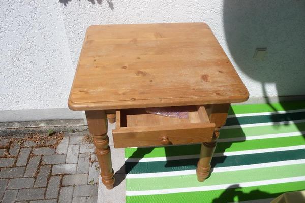 echtholztisch in ha loch stilm bel bauernm bel kaufen und verkaufen ber private kleinanzeigen. Black Bedroom Furniture Sets. Home Design Ideas