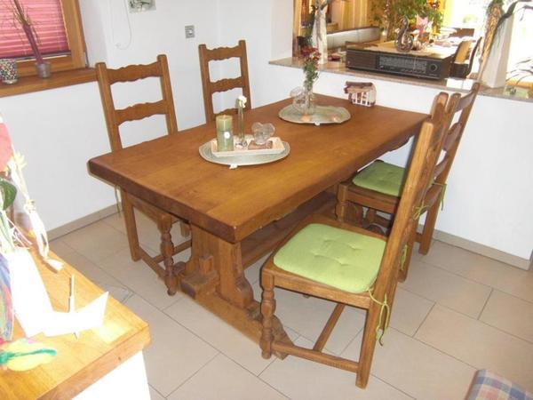 Eiche Massivholz Esstisch mit Eckbank und Stühlen - Besonderheit