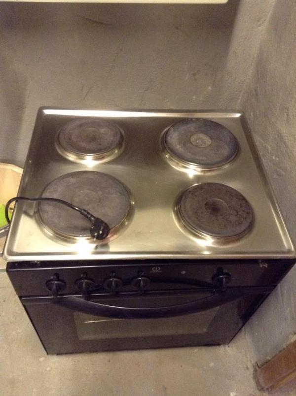 whirlpool karlsruhe j ger haustechnik karlsruhe whirlpool traumhafte au en whirlpools innen. Black Bedroom Furniture Sets. Home Design Ideas