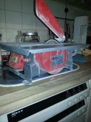 Elektro Tisch Fliesen