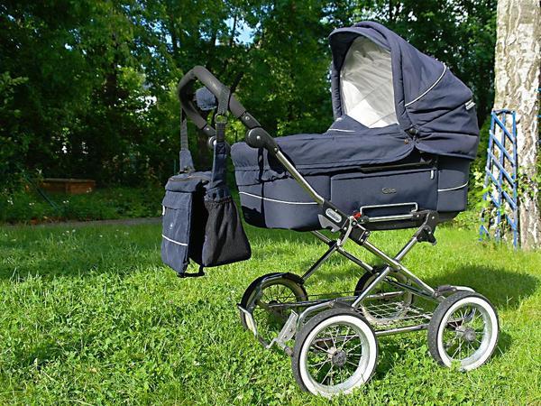 emmaljunga duo combi kinderwagen mit mondial chrom gestell in leipzig kaufen und verkaufen. Black Bedroom Furniture Sets. Home Design Ideas