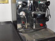 Espresso Maschine Vibiemme Domobar Super HX Festwasser Vibiemme Domobar Super HX, Espresso Maschine mit zwei Kreis System, heißt Milch schäumen und Kaffee ziehen gleichzeitig und halt immer genug Druck. ... 1.400,- D-99955Bad Tennstedt Heute, 18:32 Uhr, B - Espresso Maschine Vibiemme Domobar Super HX Festwasser Vibiemme Domobar Super HX, Espresso Maschine mit zwei Kreis System, heißt Milch schäumen und Kaffee ziehen gleichzeitig und halt immer genug Druck
