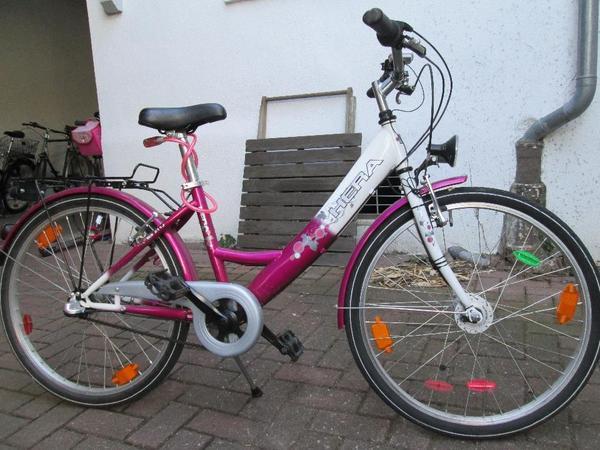 fahrrad m dchenfahrrad 24 zoll wei pink in schwetzingen. Black Bedroom Furniture Sets. Home Design Ideas