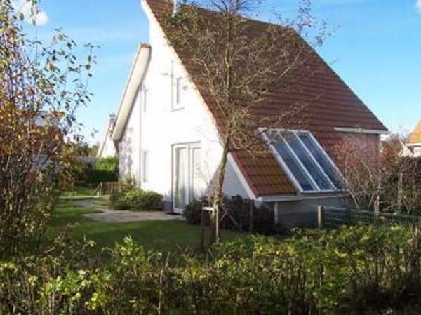 ferienhaus m sauna whirlpool am meer in holland 11 n chte in zweiter augusth lfte in zeeland. Black Bedroom Furniture Sets. Home Design Ideas