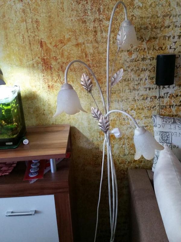 florentiner stehleuchte bl tter weiss creme sehr. Black Bedroom Furniture Sets. Home Design Ideas