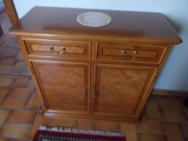 sch ner garderoben oder schuhschrank breite 85 tiefe 35 h he 82 cm mit 2 schubladen und 2. Black Bedroom Furniture Sets. Home Design Ideas