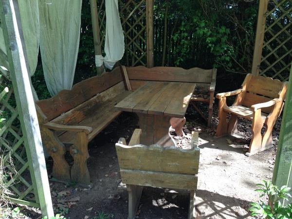 Eckbank Holz Zu Verschenken ~ kostenlose Kleinanzeigen  kaufen und verkaufen über private Anzeigen