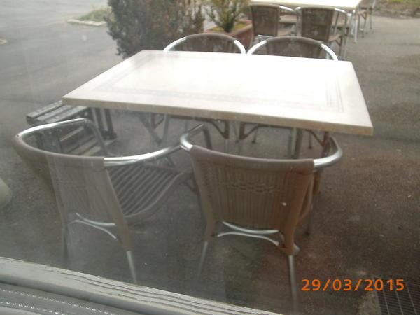 gartenbestuhlung in esslingen gartenm bel kaufen und verkaufen ber private kleinanzeigen. Black Bedroom Furniture Sets. Home Design Ideas