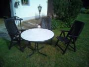 Gartentisch mit drei