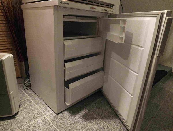 gefrierger te k hlschr nke haushaltsger te augsburg gebraucht kaufen. Black Bedroom Furniture Sets. Home Design Ideas