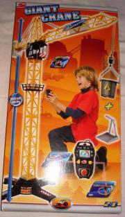 Giant Crane, Spielzeug