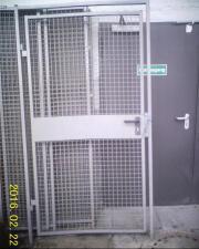 Gitterwand-Syste Lagerflächeneinhausung,
