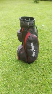 Golftasche mit Wagen