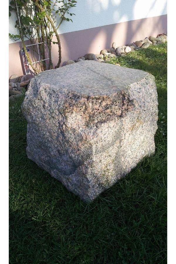 granit stein block quater mit geschliffener oberseite als. Black Bedroom Furniture Sets. Home Design Ideas