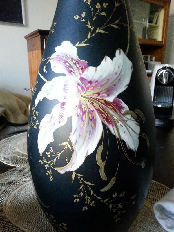 gro e vase wertvolle glas porzellan antiquarisch. Black Bedroom Furniture Sets. Home Design Ideas