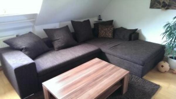 Verkaufe eine sehr gro e couch mit gro er ottomahne sehr for Schmale schlafcouch