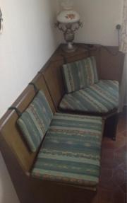 Gut erhaltene Sitzecke
