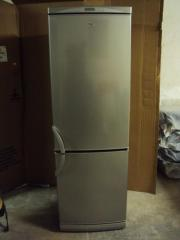 Heier Kühlschrank / Gefrierkombi (