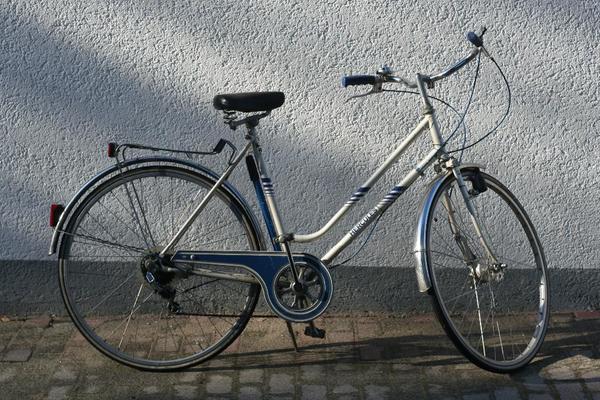 hercules fahrrad 28 zoll 5 gang reperaturbed rftig in. Black Bedroom Furniture Sets. Home Design Ideas