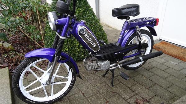 hercules optima moped 50 km h zulassung in deizisau. Black Bedroom Furniture Sets. Home Design Ideas